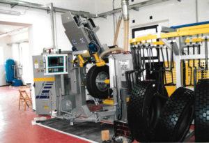 Porrettana Gomme: nel 1992 viene aperto lo stabilimento di Pistoia dove vedrà la luce un gioiello di innovazione tecnologica nel campo degli pneumatici auto, gomme invernali auto.