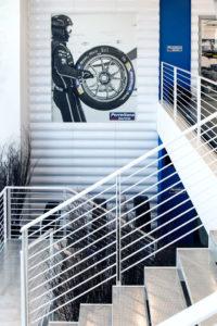 Scale Porrettana Gomme da più di 50 anni esperti di gomme auto, pneumatici invernali, revisione auto revisione moto, rinnovo patenti e bollo auto.