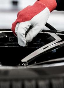 Servizi Porrettana Gomme: pneumatici invernali, gomme auto, revisione auto e revisione moto, E bike, bollo auto, rinnovo patenti e molto altro ancora.